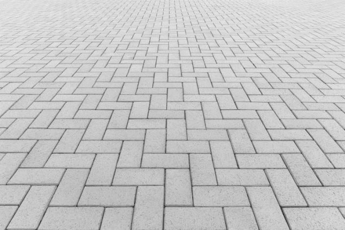 Calçada com piso tátil